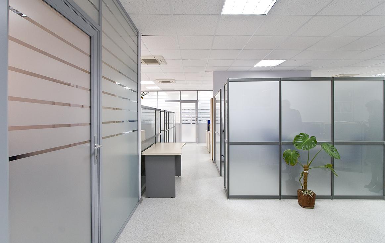 Office window film denver window film for Divisiones de oficina